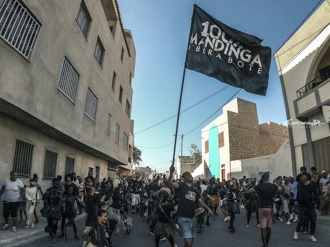desfile dos mandingas no carnaval